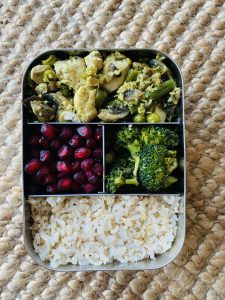 Lunch bots-protein snacker