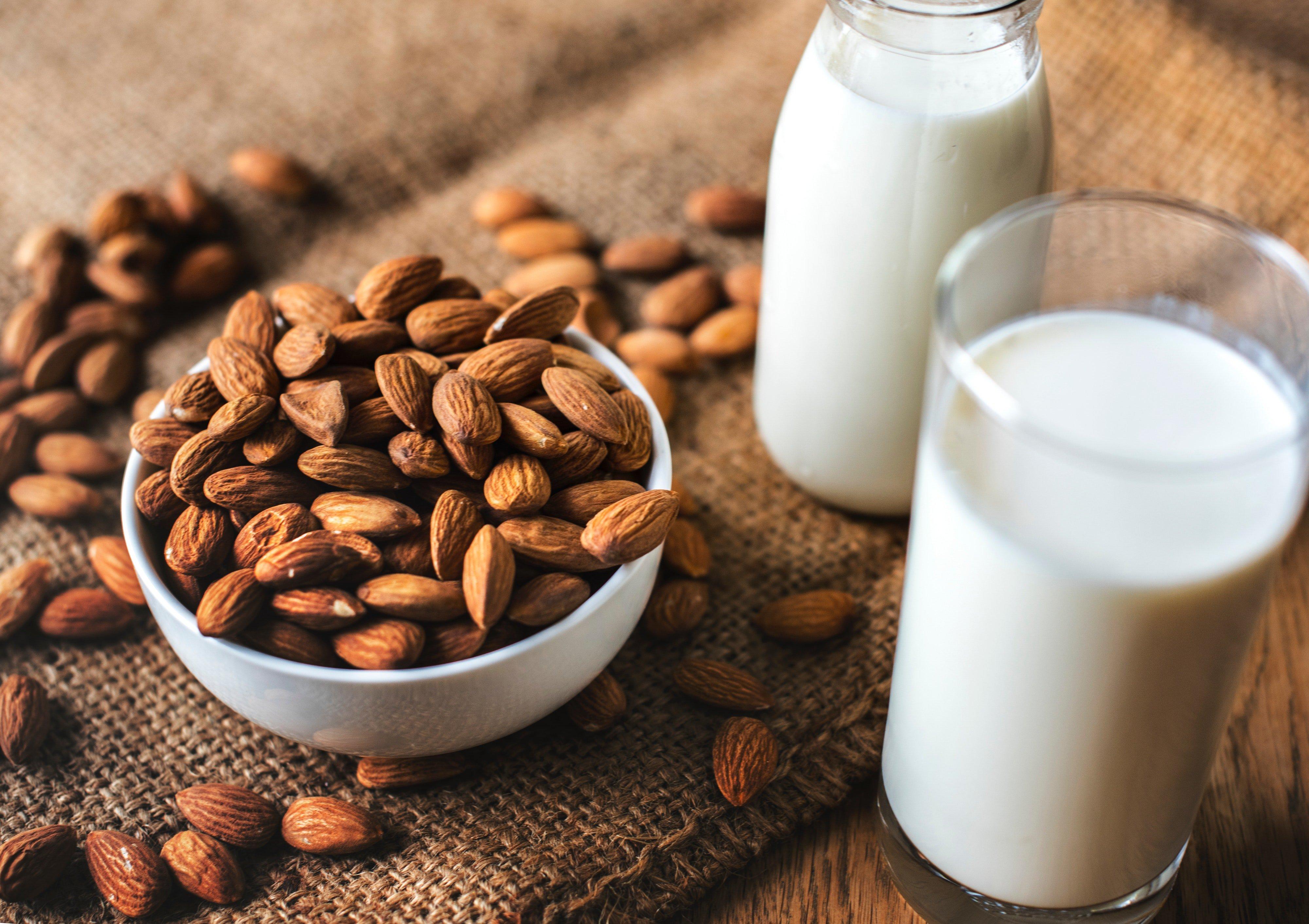 almond milk-vegan calcium rich foods