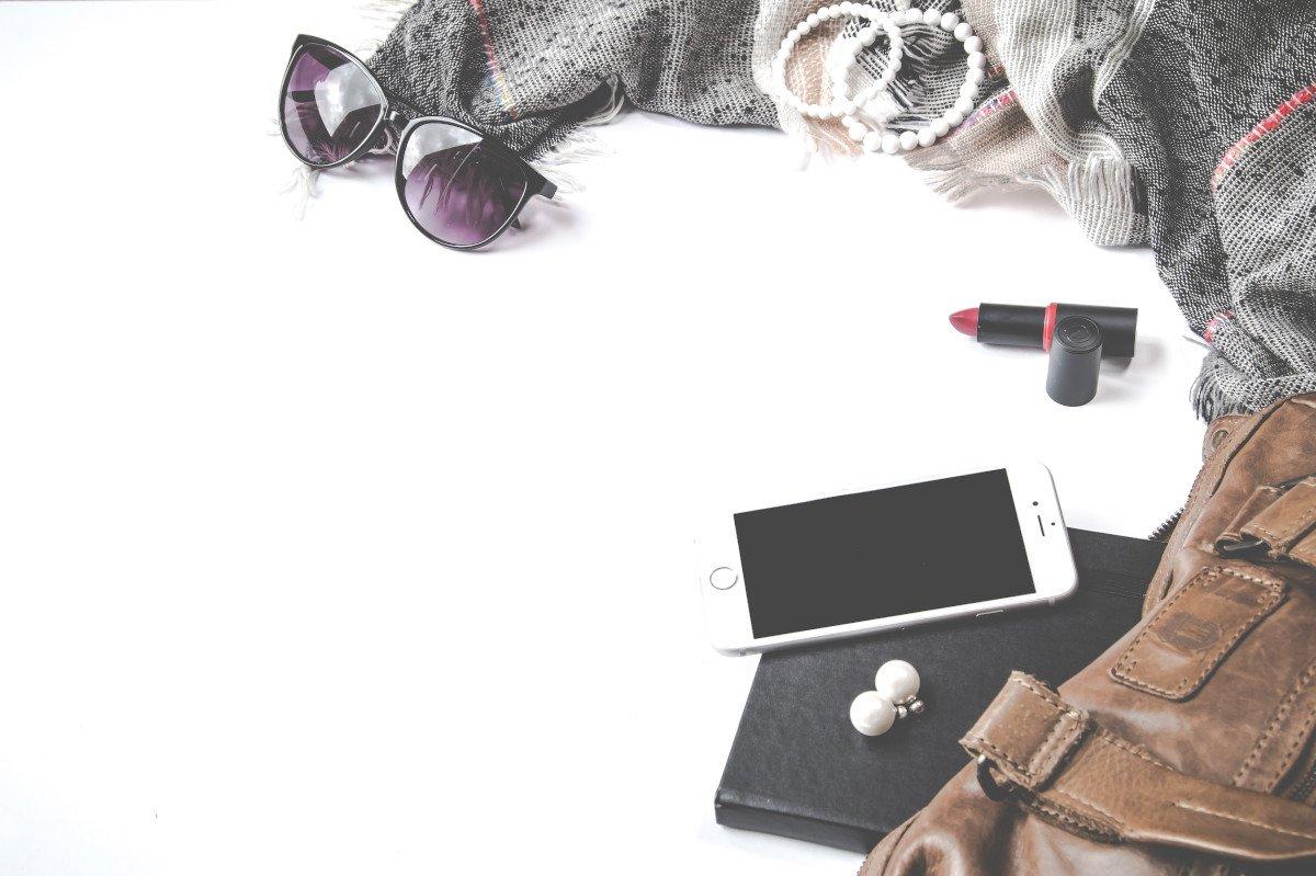 minimal wardrobe-low buy year