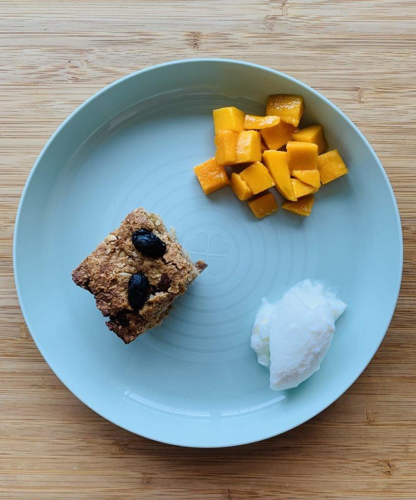 Toddler Breakfast Idea-oats breakfast bar for kids